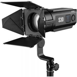 Godox S30 Iluminador Led Fresnel