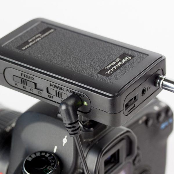 saramonic sr wm4c wireless radio lapel lavalier microphone kit for dslr 2